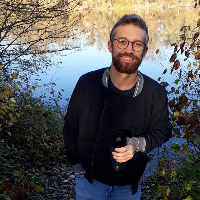 Damian, Mitarbeiter von FlexHero