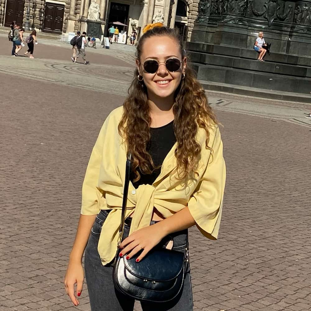 Julia, Mitarbeiterin von FlexHero