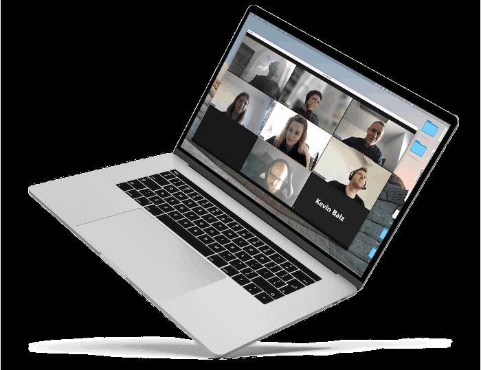 Laptop mit Videokonferenz über Zoom